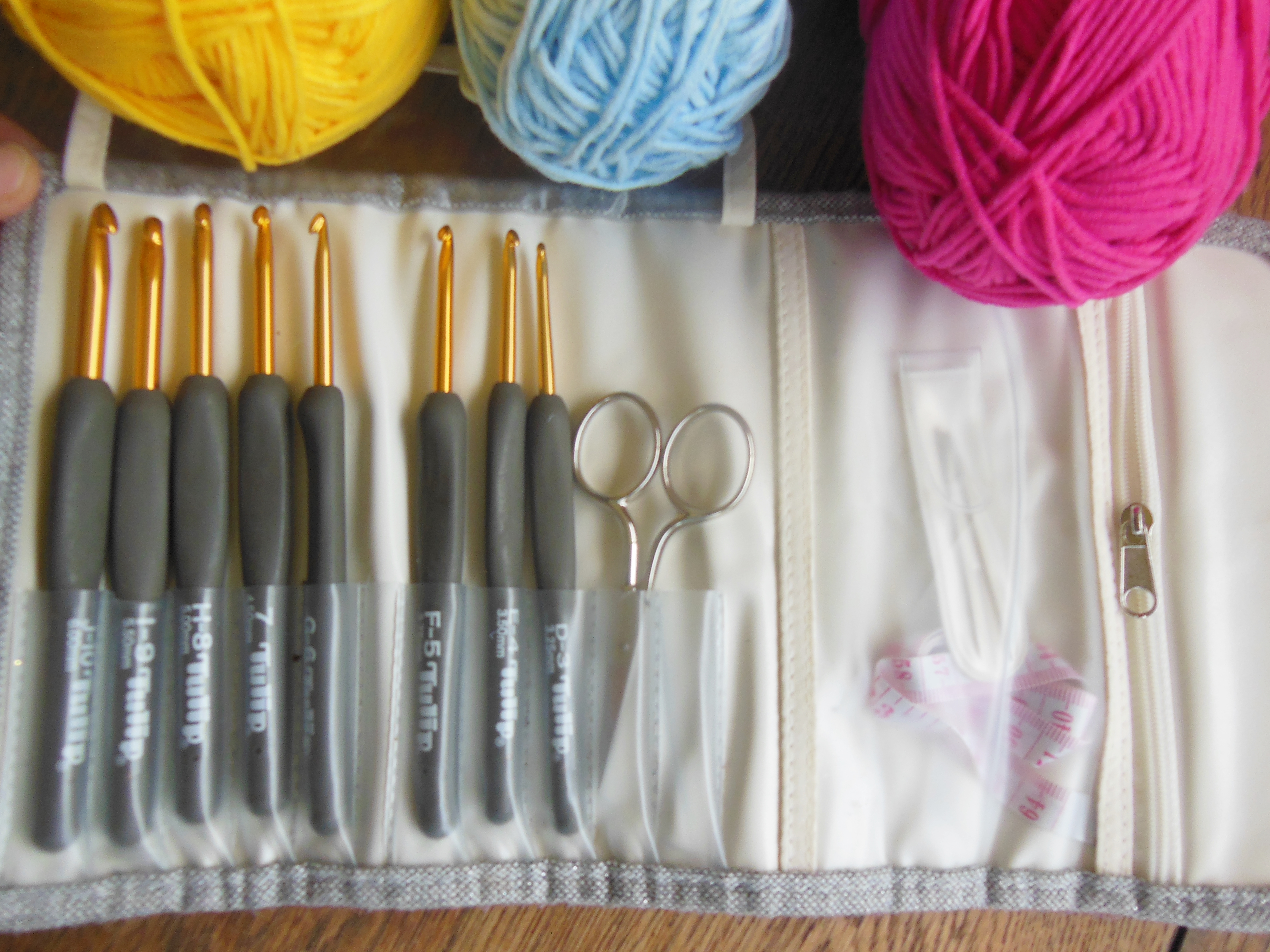 what do I need to begin crocheting?
