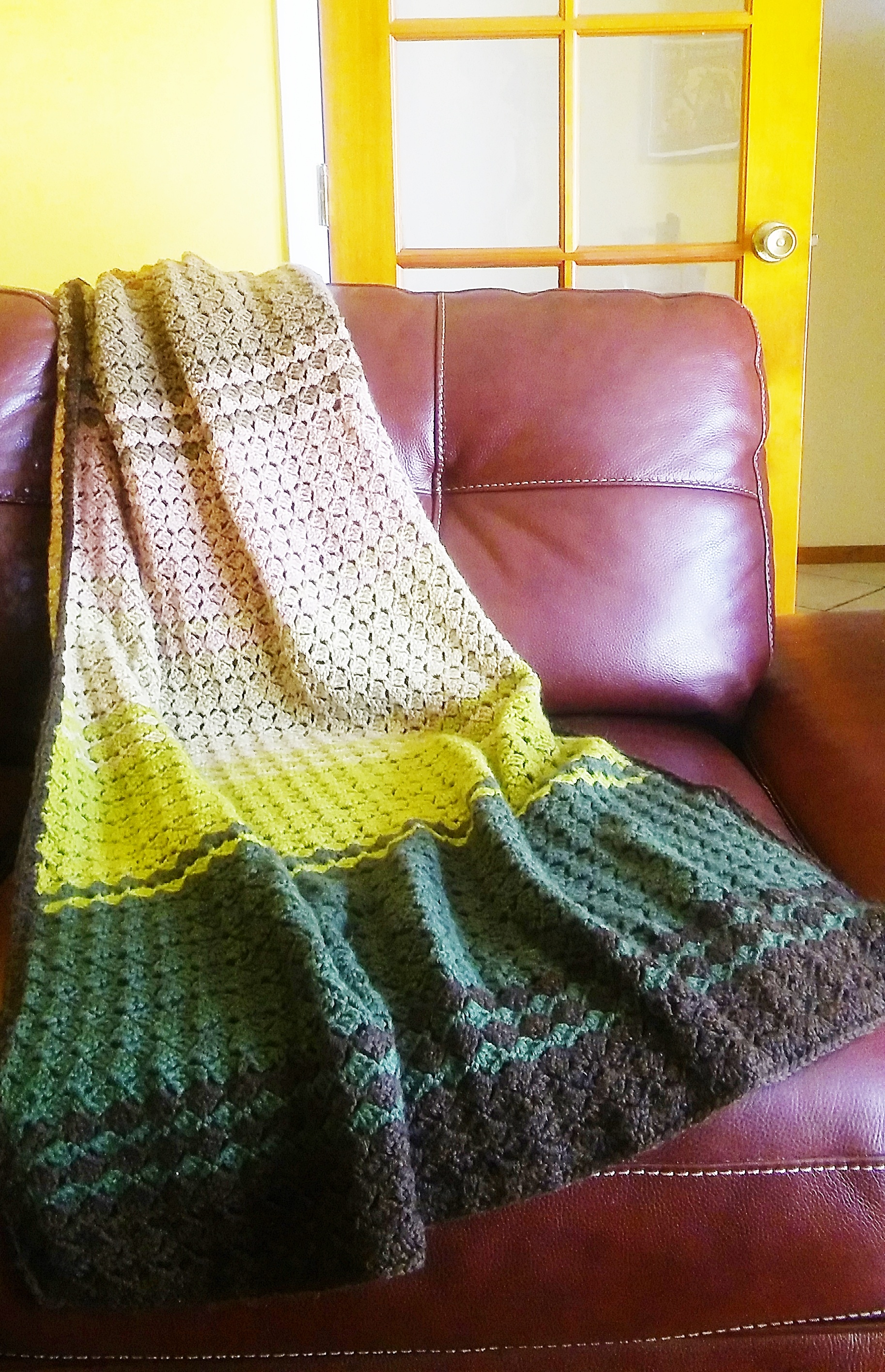 Free Fall Afghan crochet pattern in leafy colors