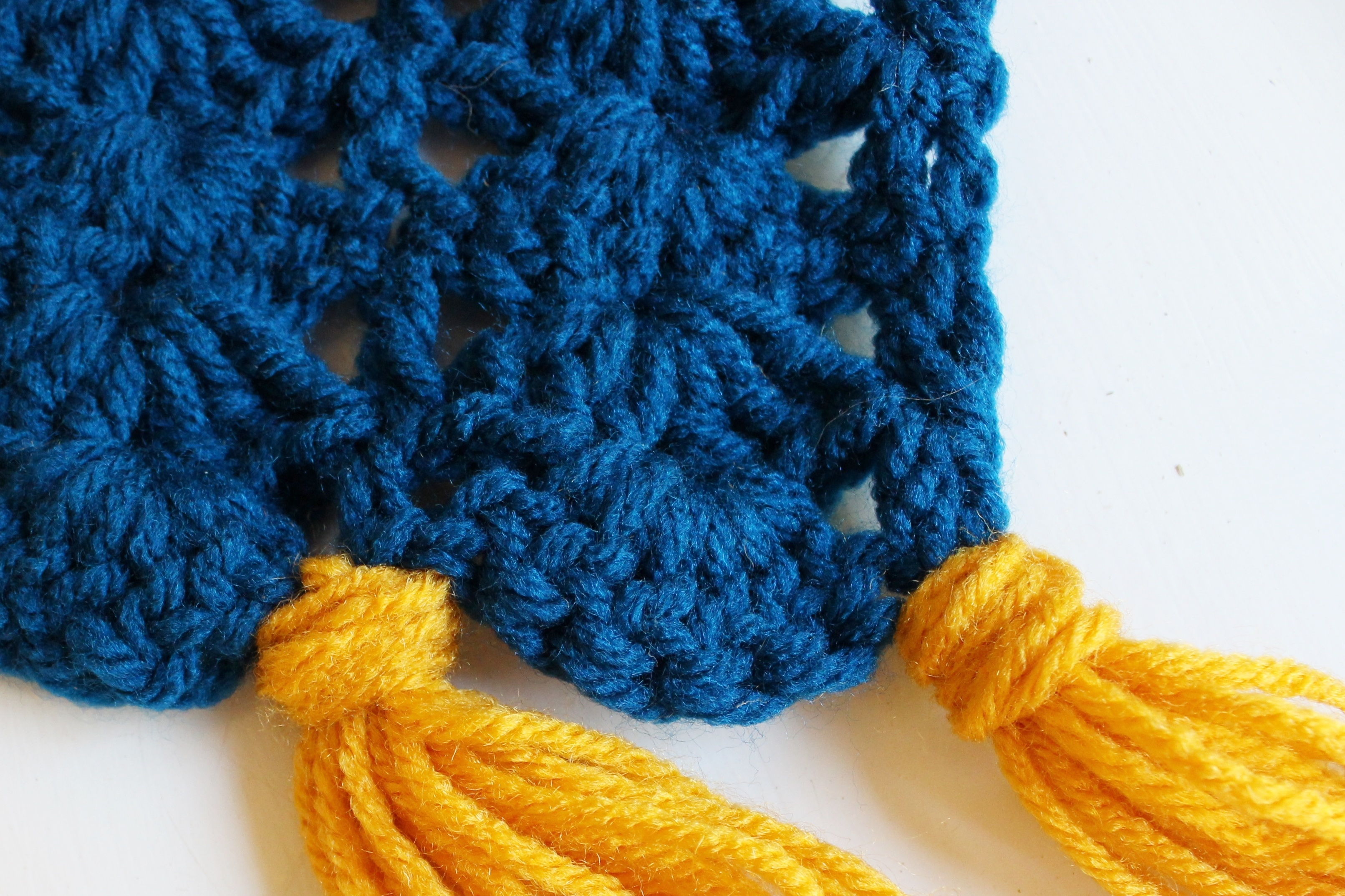 shell stitch super scarf pattern