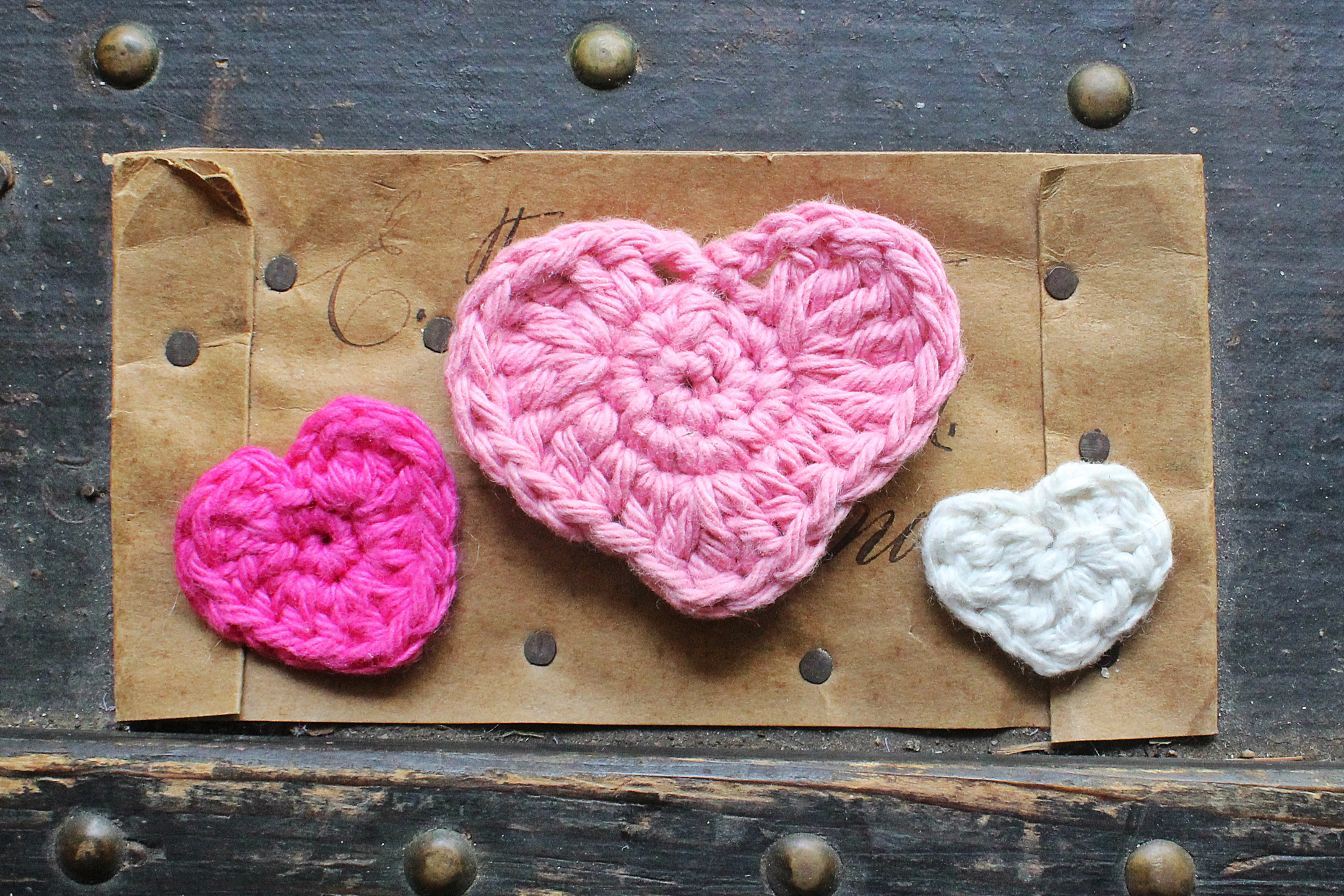 crochet heart pattern three sizes