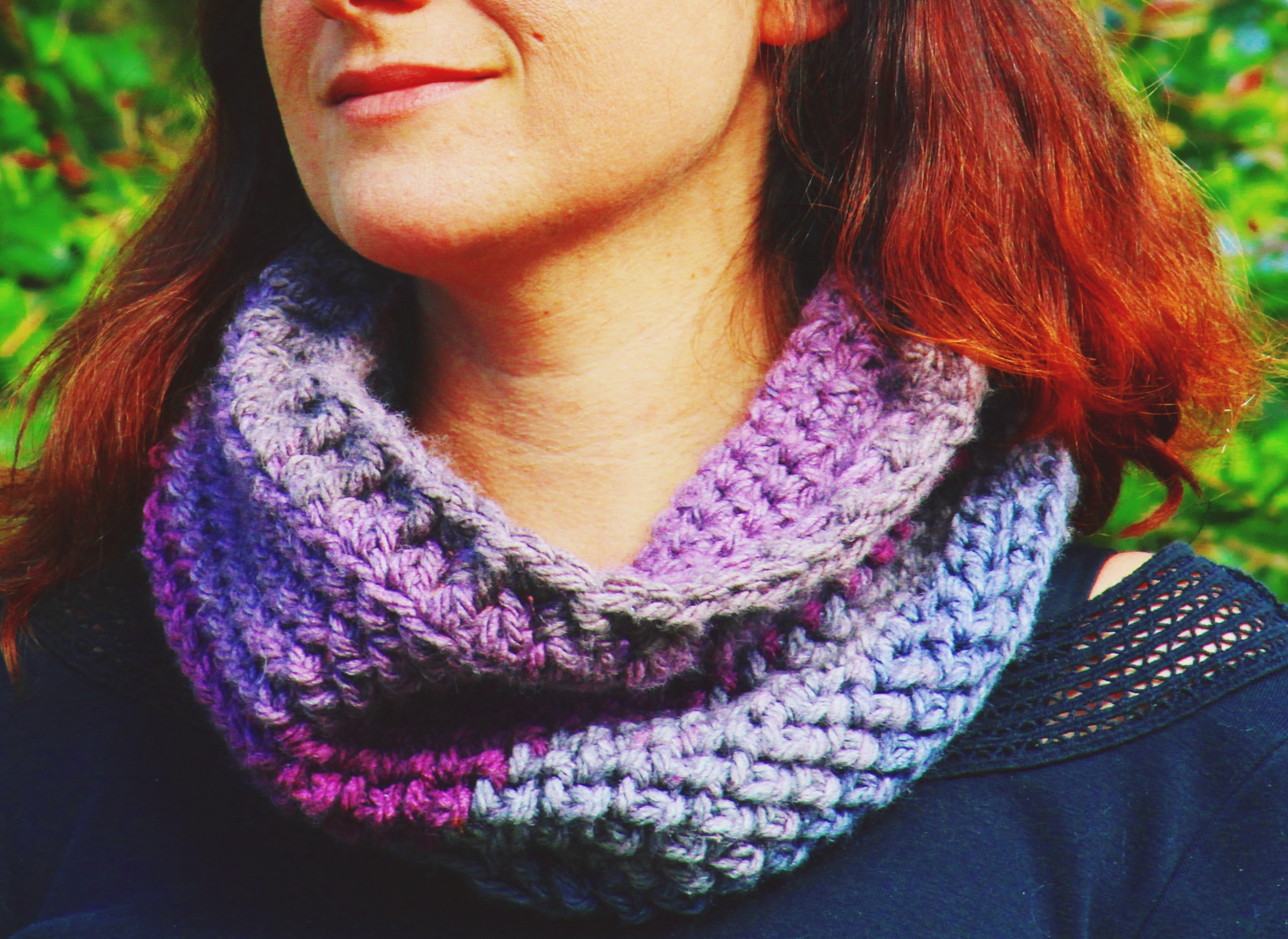 Teatime Textured Cowl - Free chunky crochet cowl pattern